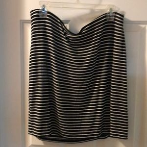 GUC B&W stripe lined mini skirt XL